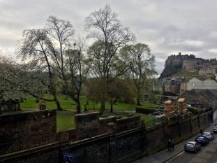 edinburgh-greyfriars-kirkyard (1)