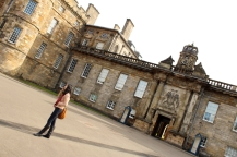 edinburgh-holyroodhouse-palace